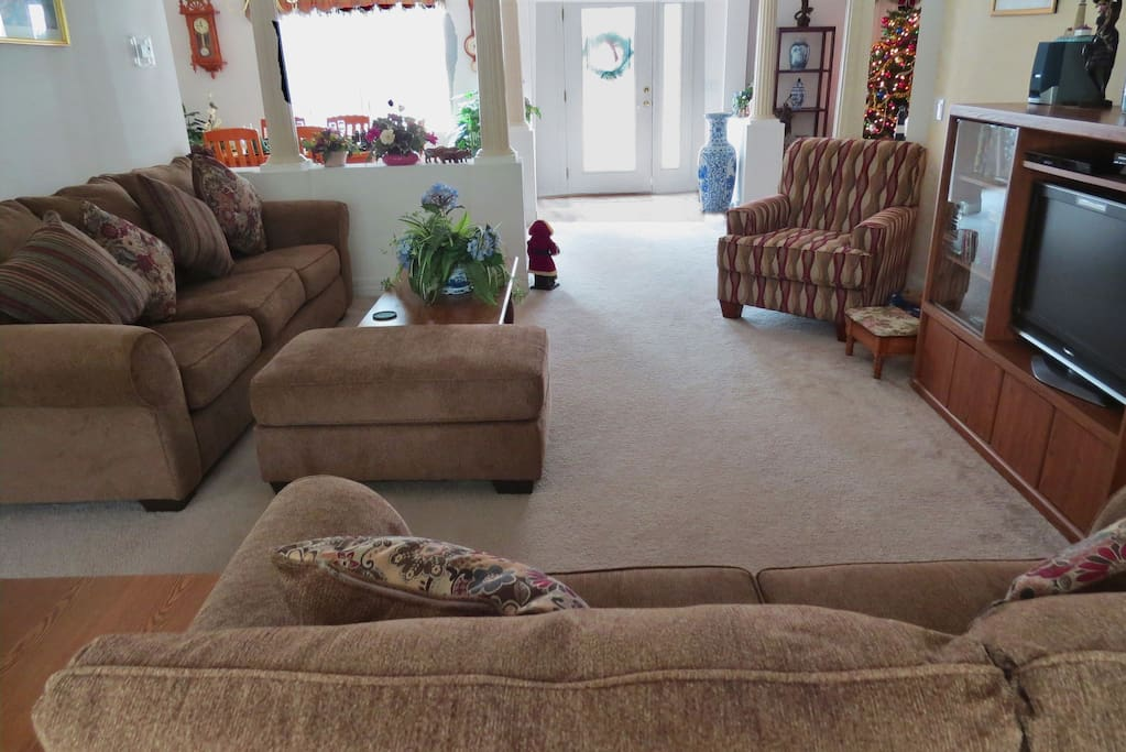 Family room with smart HD TV
