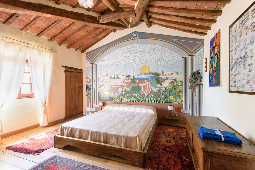Bedroom with view on the mosaic
