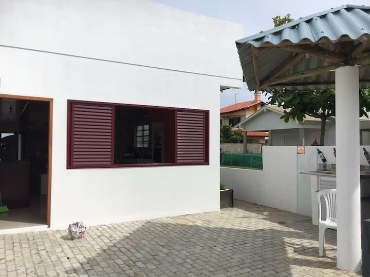 Casa Balneário Rincão - 2 quadras do mar