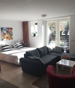 Spacious private Studio + steam shower and bikes - Soest - Apartment