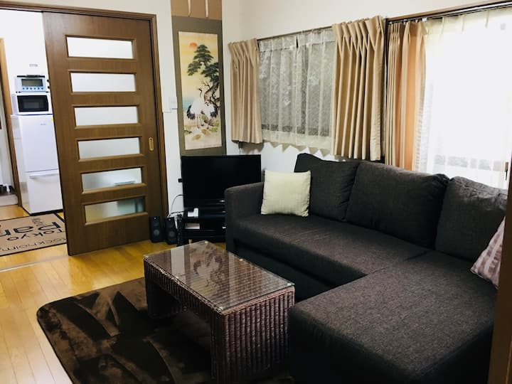 """Meiji House""4Room,8Guests,WIFI,2min/HIROO Stn."