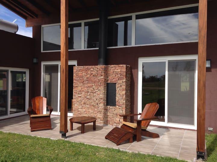 Casa country moderna para relax