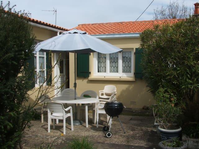 Maison La Rochelle 3 à 4 personnes - La Rochelle - Hus