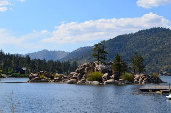 Big Bear Lake at Boulder Bay is 2.0 miles from the cabin.