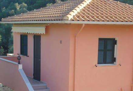ellis-villa,Studio1 - Lefkada - Gjestehus