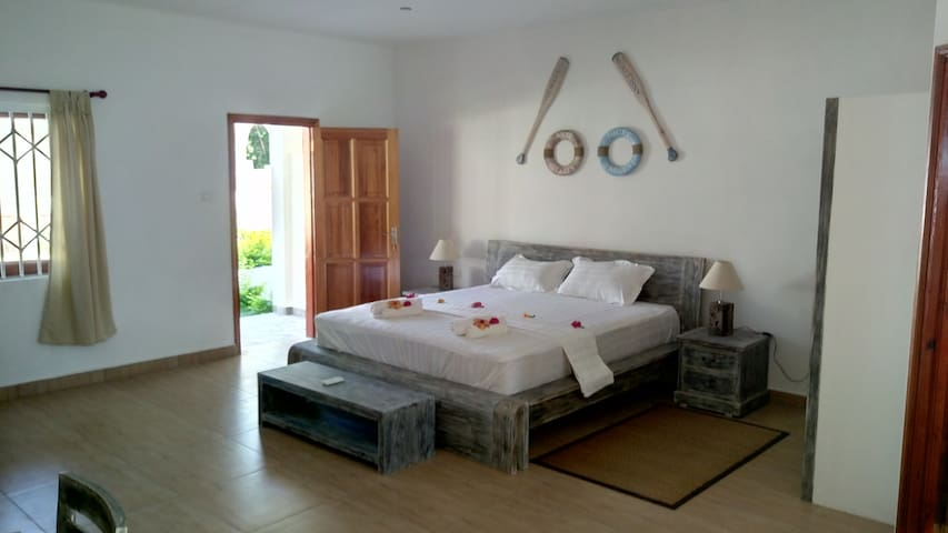 Coral Apartment - La Digue - Bed & Breakfast