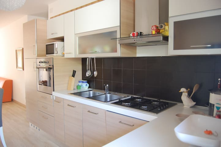 Appartamento vicino al centro di Sabbiadoro - Lignano Sabbiadoro - Apartamento