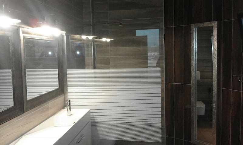 Apartment 2 Chambres  Face Mer de Mbao  1er étage