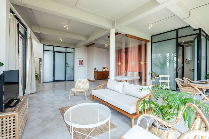 ☆ Chic Loft, 50% monthly rent☆