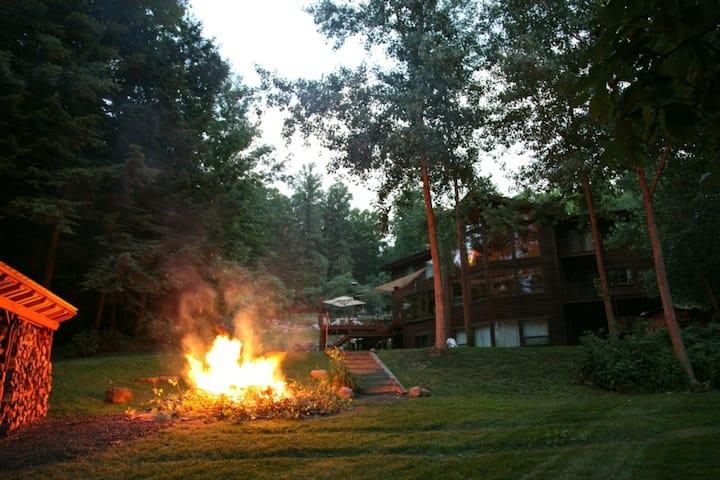 Exclusive Villa on Cayuga Lake, near Ithaca