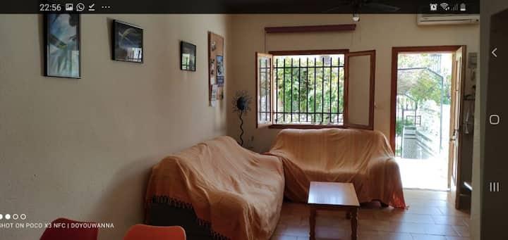Alquiler en bungalow privado con piscina y parking