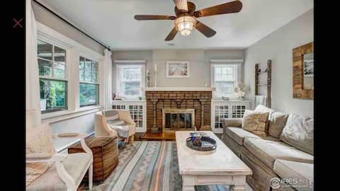 Charming 5 bed home with hot tub