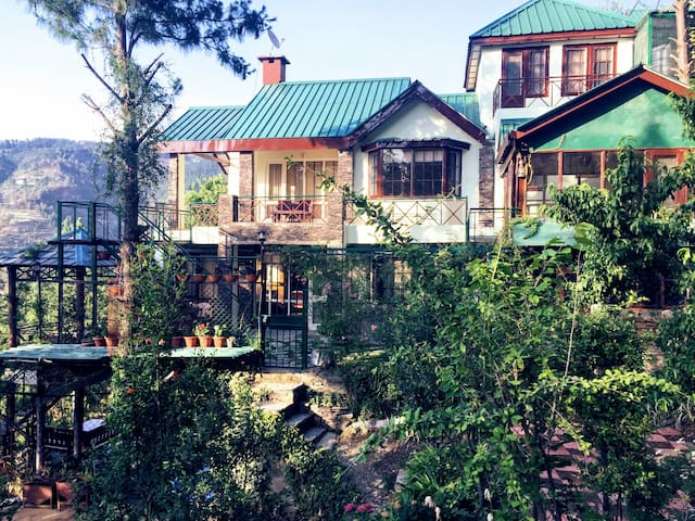 The Forest Cottage Naldehra