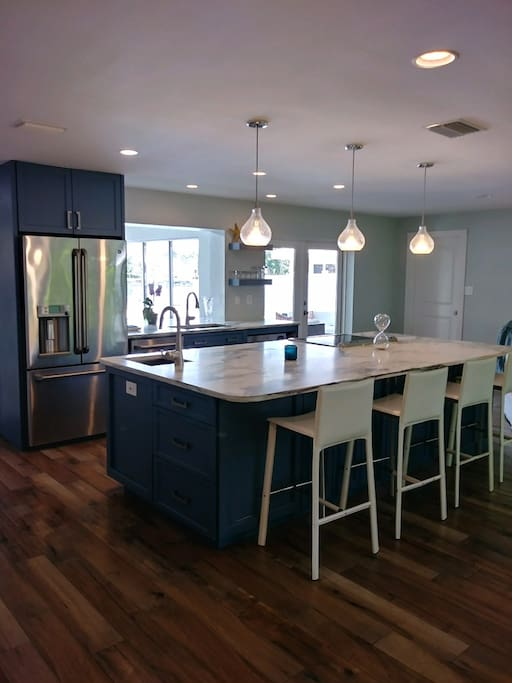 Luxury Custom Kitchen with 10 foot private kitchen island - room for the whole family!