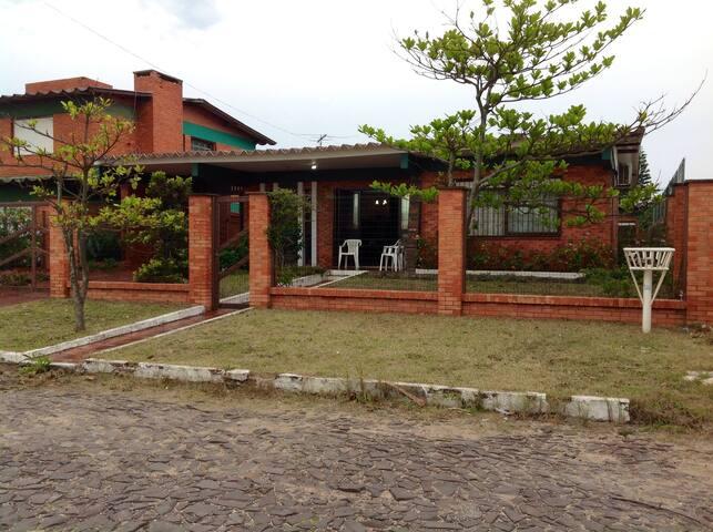 Casa de veraneio em Capão da Canoa - Capão da Canoa - House
