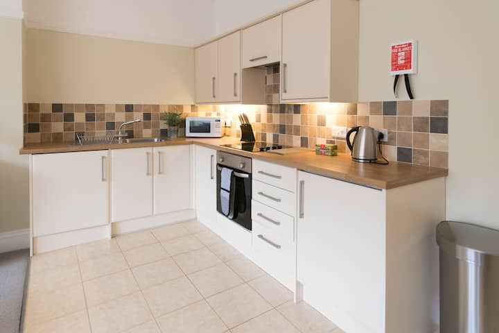 2 bedroom apartment close to centre of Harrogate