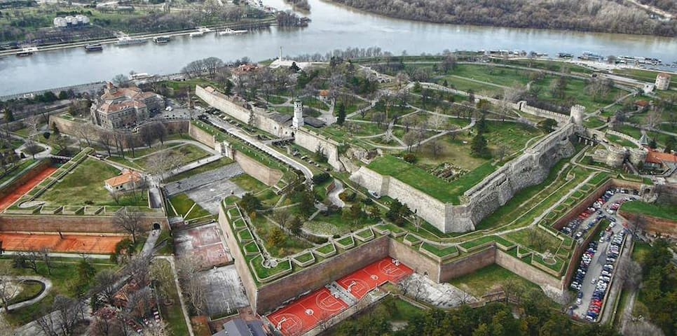 Lost in Belgrade