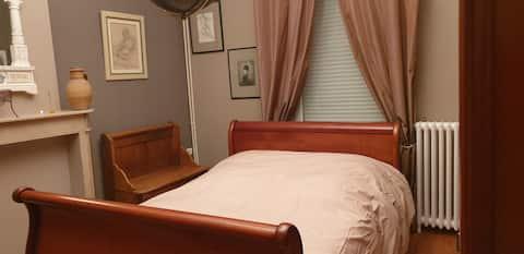 Maison agréable et confortable à proximité de l autoroute  à 5km de Valenciennes .40km de Lille et à 1h de Bruxelles et 2 h30 de paris