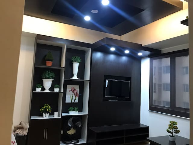 Cozy 1Br with Wifi in QC Amaia Skies Cubao