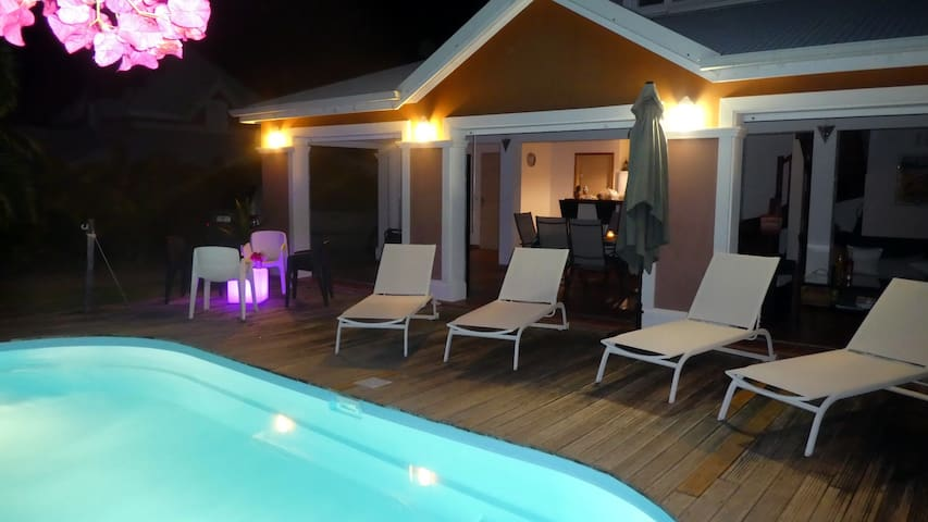 Villa Columbia avec piscine privée
