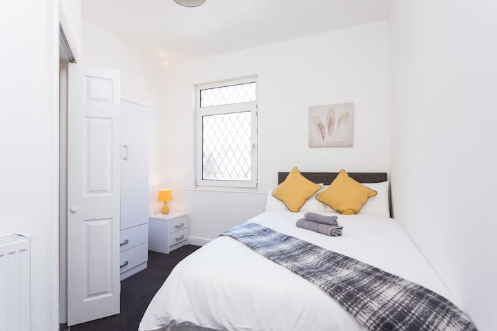Townhouse @ 76 Clare Street Stoke - Double Ensuite