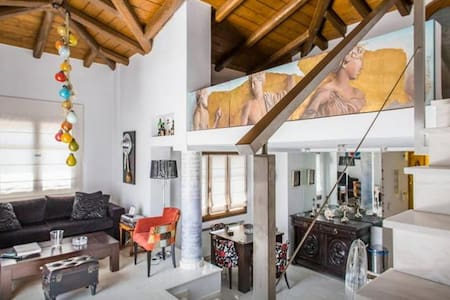 New Classic Apartment In Psiri Ι - Athina