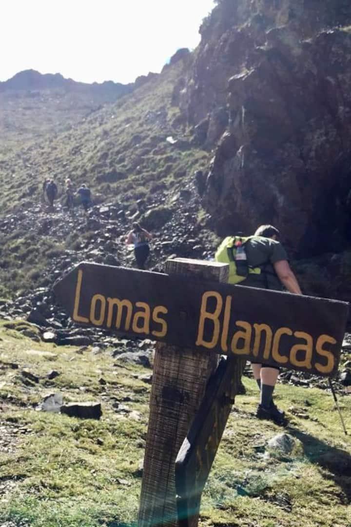 Sign Lomas Blancas