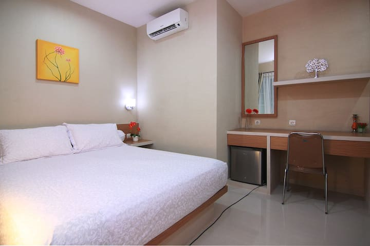 Budget stay in the most strategic location Jakarta