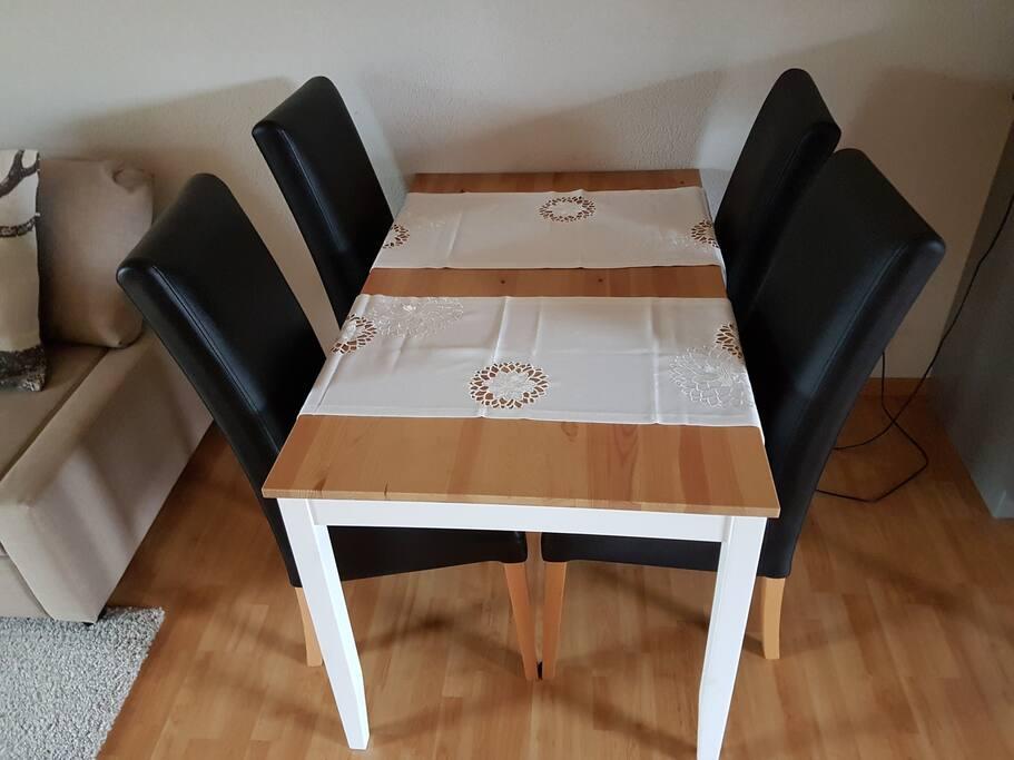 Esstisch / Eating table
