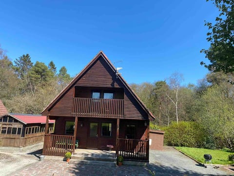 Skeaghvil chalets and boat hire with hot tub.