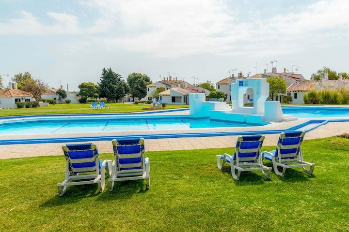 Casa de férias com piscina em plena Ria Formosa