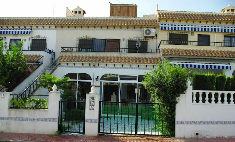 3 caba as en alquiler for Cabanas en los arboles comunidad valenciana