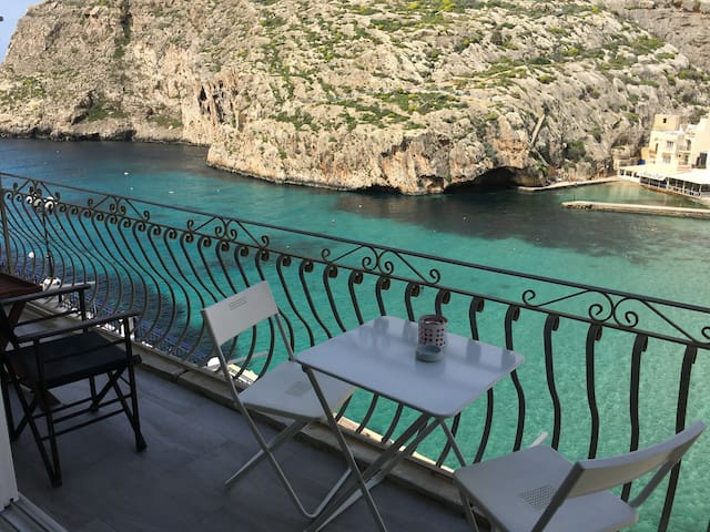 Apartment with Stunning Views in Xlendi Bay, Gozo!