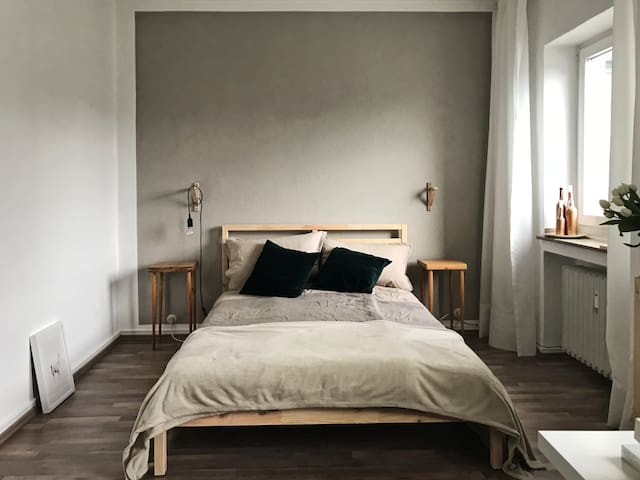 modern & cozy 15m² room in Cologne - Altstadt Nord