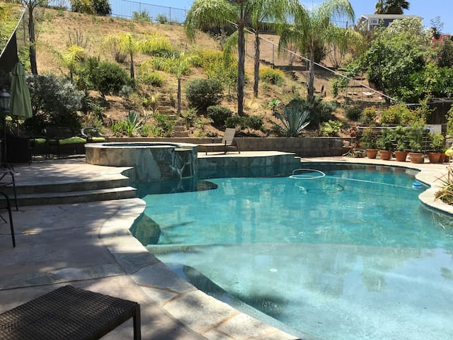 Spacious home centrally located w/ pool & spa