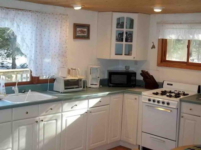 Nice 1 bedroom cabin