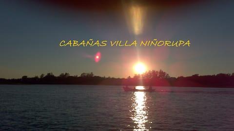 Cabañas a orillas del Río Corriente en Esquina.
