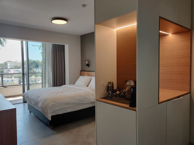 Luxury Suites by Notaly Ariel Flat 12