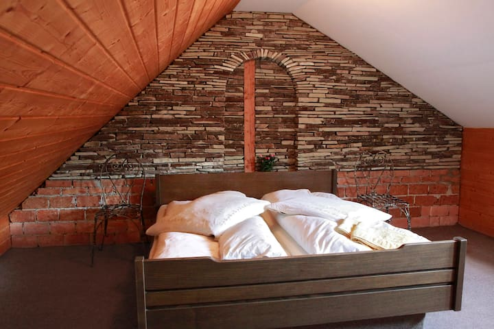 Nice room in the hearth of historical center - Brasov - Casa