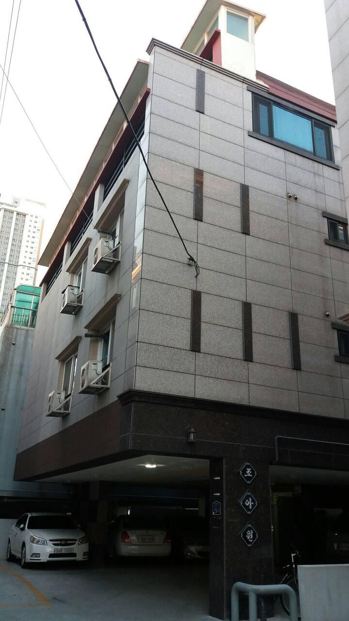 백화점, 영화관, 대형마트와 걸어서 3분거리! 중공업 단기출장환영 ♡조아원♡
