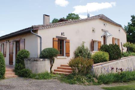 4 Bedrooms Home in Bourgougnague - Bourgougnague