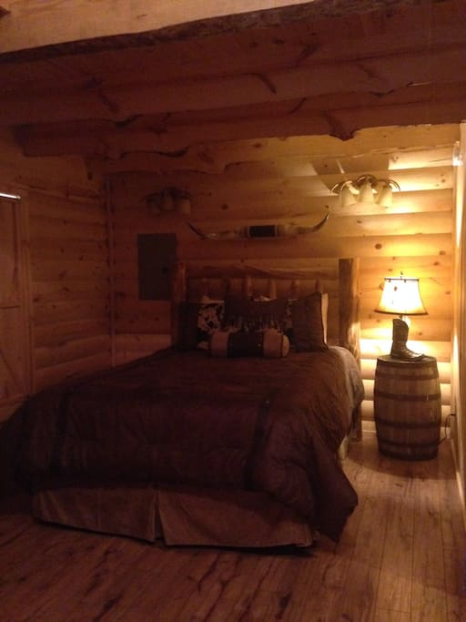 Bighorn cabins at branson meadows cabins for rent in for 7 bedroom cabins in branson mo
