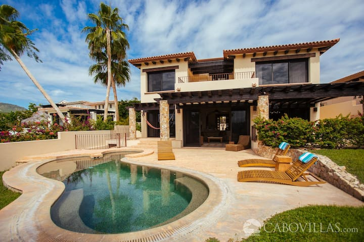 Luxury Villa with Golf and Ocean Views at Cabo del Sol