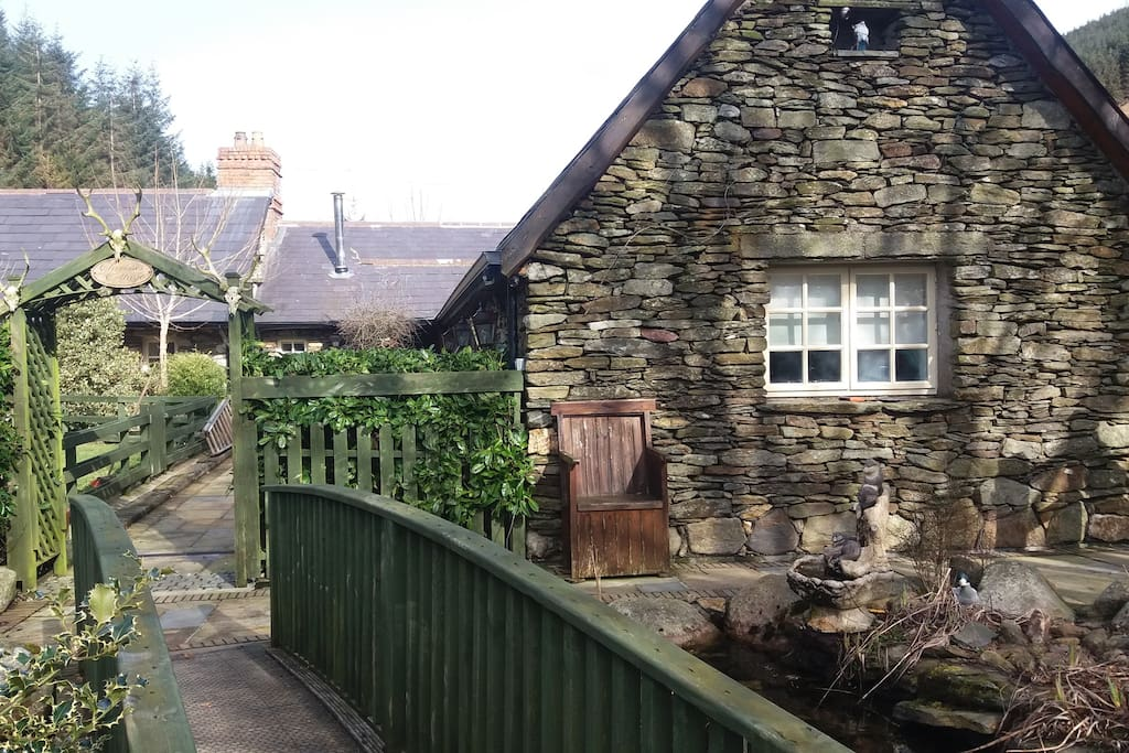 clarisses cottage cottages for rent in glendalough