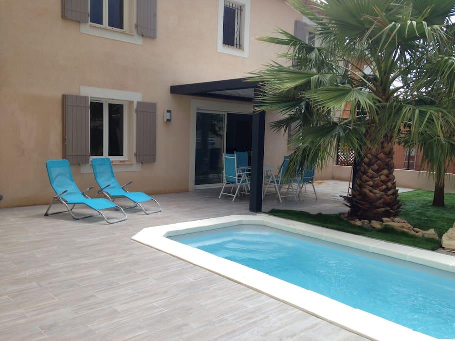 Jardin privatif avec piscine