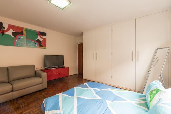 Bronte beach studio in Sydney's Best Suburb Apt 6 - Bronte - Lägenhet