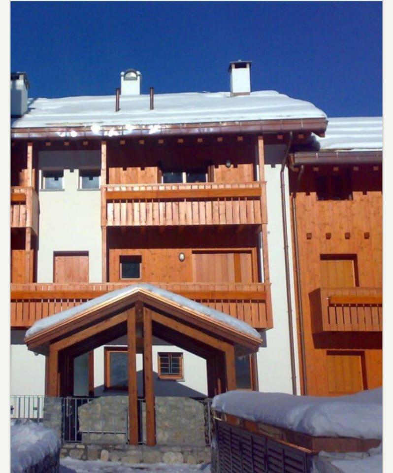 Residence Paradise, appartamento su due livelli con esposizione fronte piste da sci