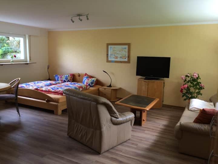 Heim für 6 Pers. gut ausgestattet, idyllische Lage