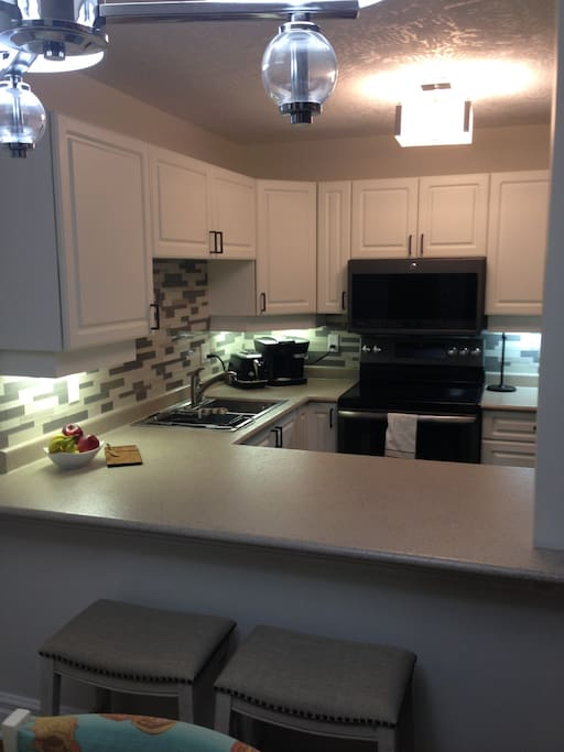 Updated Kitchen with Brand New GE Slate Appliances