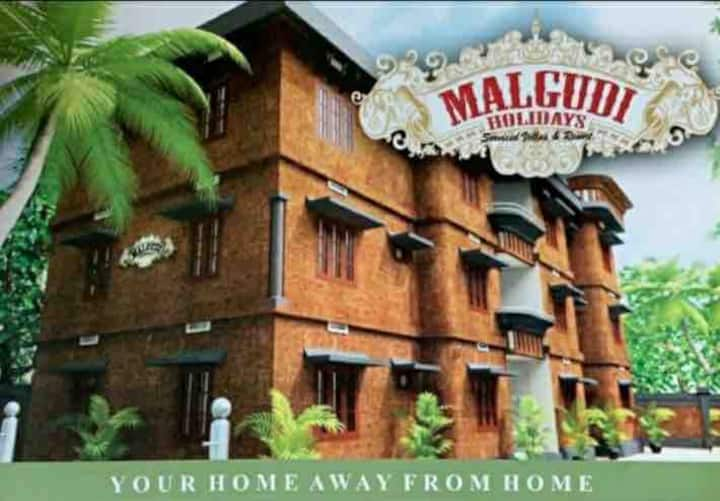 Malgudi.Your Home away Home Walkable to beach/City